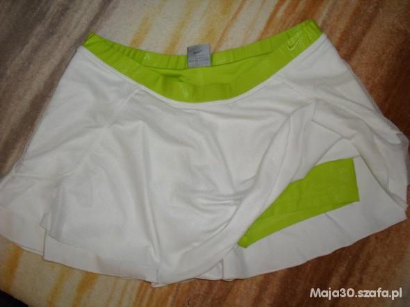 Spódnice Nike spódnica i spodenki