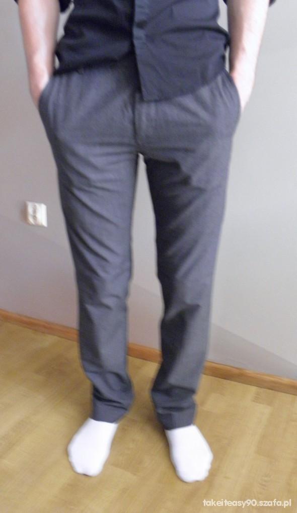 a54058fb82a07 Eleganckie spodnie HM rozmiar 30 w Spodnie - Szafa.pl