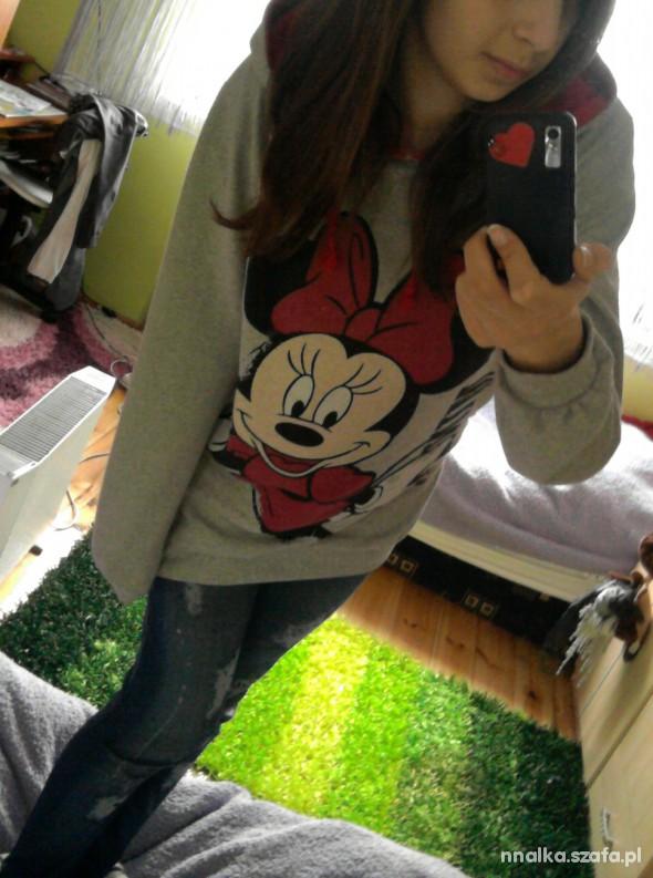 Do szkoły Mickey Mouse