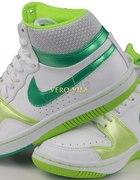 Buty Nike D