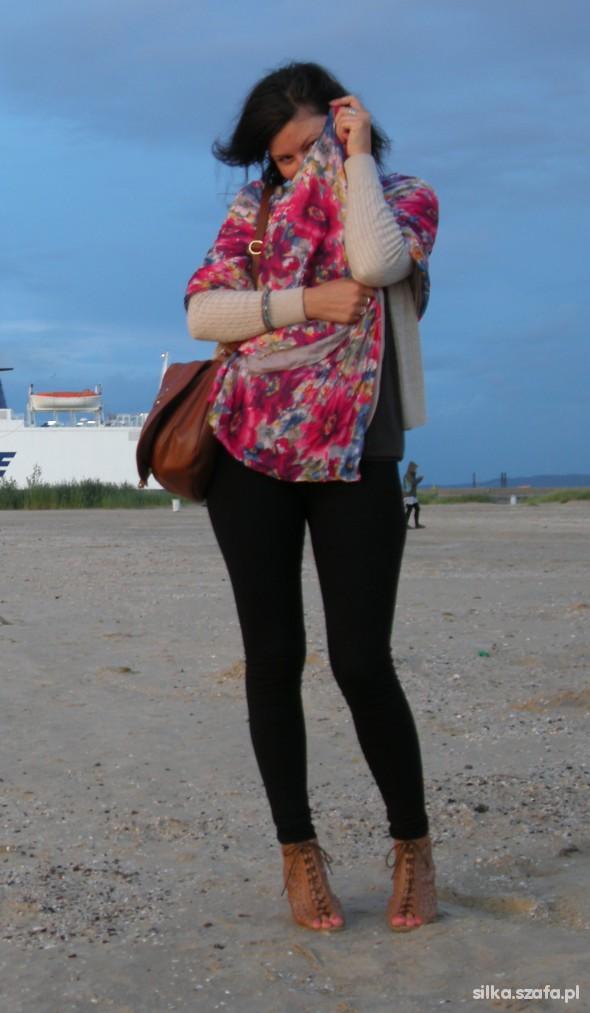 Romantyczne spacer po plaży