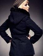 PILNIE POSZUKUJĘ płaszcz krótki z kapturem XS S
