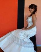 Kolejna z sukien...