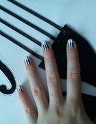 Lolita Piano nails
