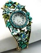 Śliczny zegarek z turkusowymi kryształkami