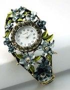 Niepowtarzalny zegarek z kryształkami
