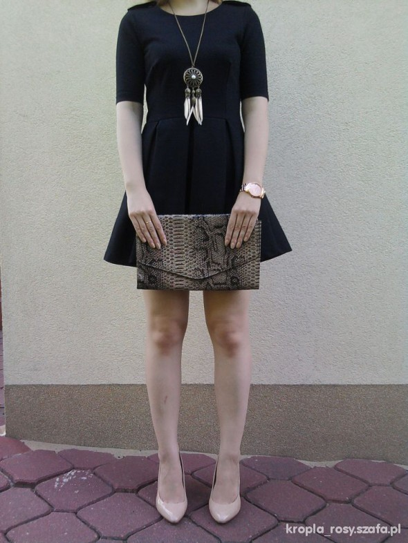Eleganckie Plisowana sukienka z Zary