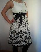 Sukienka biała w czarne kwiaty rozm M