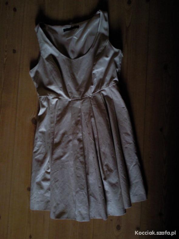 Sukienka Zara Basic Cena juz z wysylka