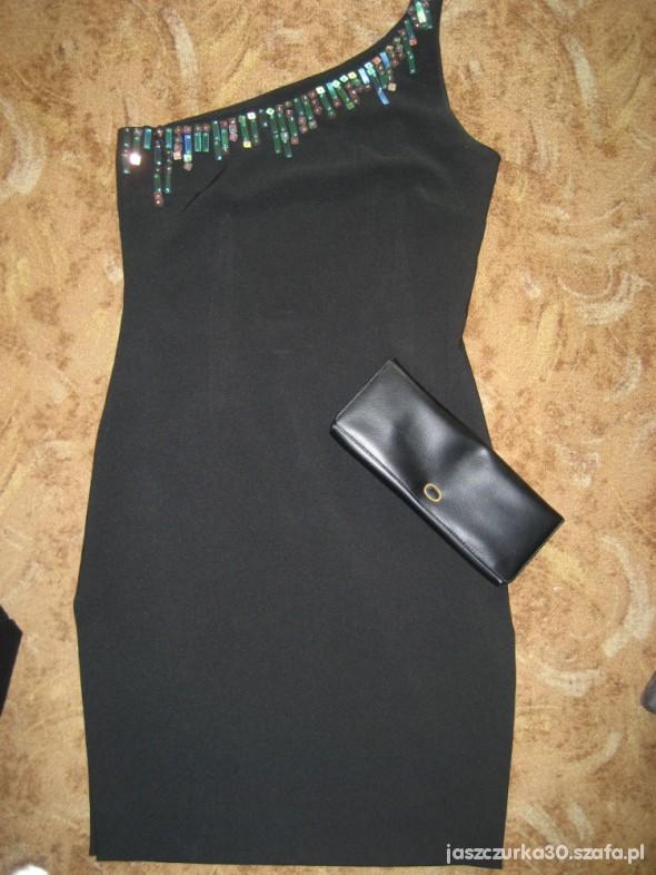 Wieczorowe sukienka ołówkowa