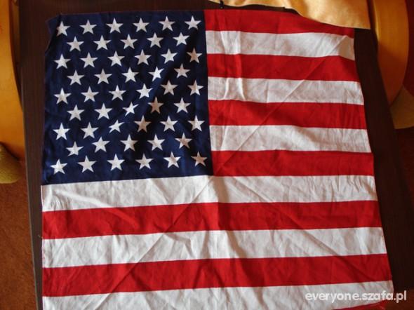 Chusty i apaszki Nowa apaszka USA flaga