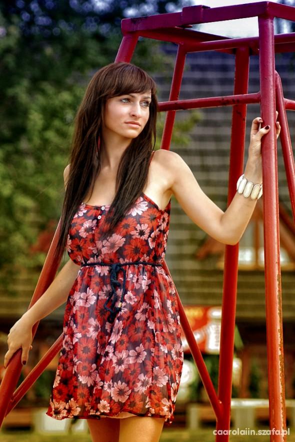 Mój styl Czerwona sukienka