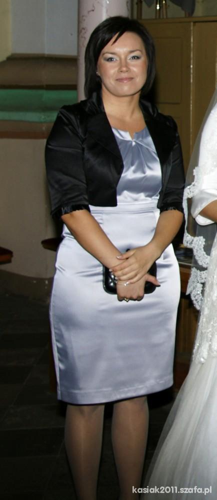 Na specjalne okazje Jako świadkowa na ślubie siostry