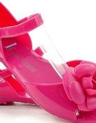 różowe meliski z kwiatkiem