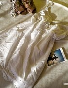 Biała koronkowa sukienka 38 M PREZENT