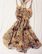 sukieneczka w motyle handm