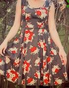 HM Sukienka w róże...