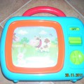 pozytywka telewizorek z ruchoma animacja w pudełku