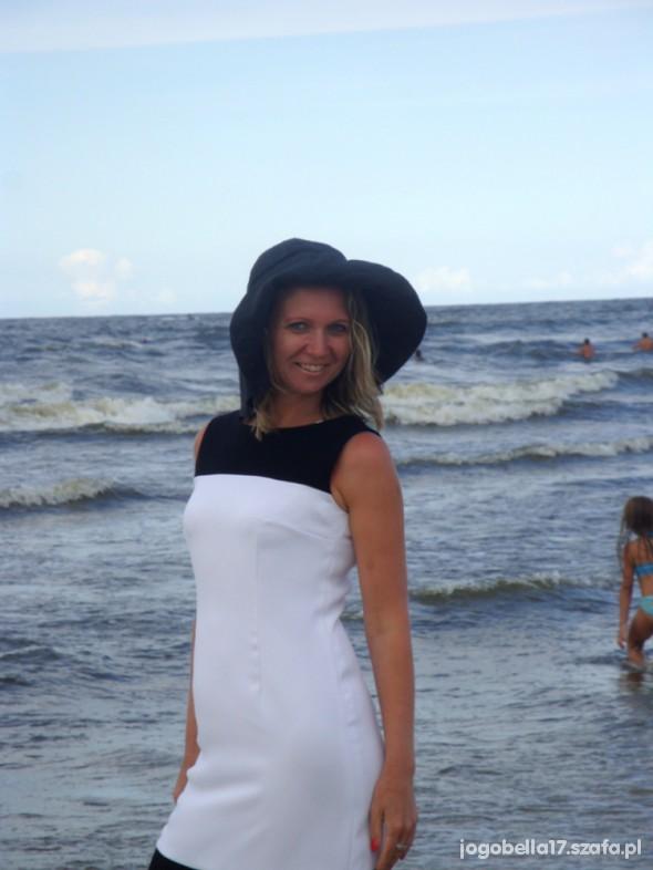 Mój styl Biało czarna sukienka