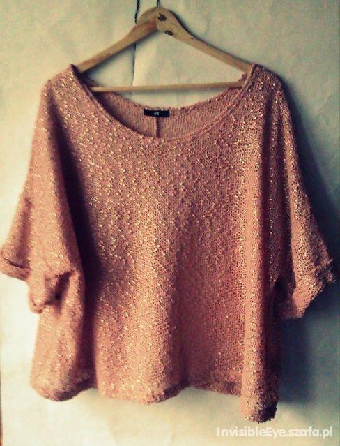 Ażurkowy morelowy sweter oversize połyskujący...