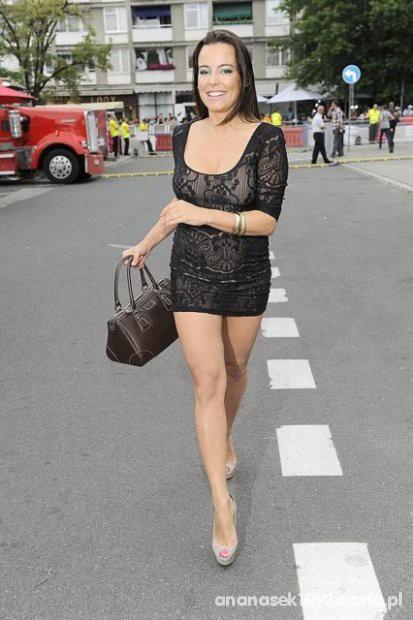 KORONKOWA SUKIENKA HM ANNA MUCHA w Suknie i sukienki