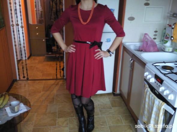 Eleganckie czerwona elegancka