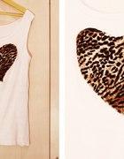 Biała koszulka z sercem