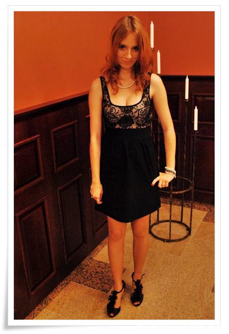 Mój styl Koronkowa sukienka