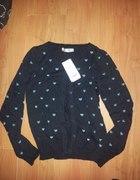 Sweterek czarny serduszka cropp