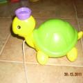 żółw do ciagniecia za sznureczek