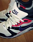 Nike Twighlight Runner...