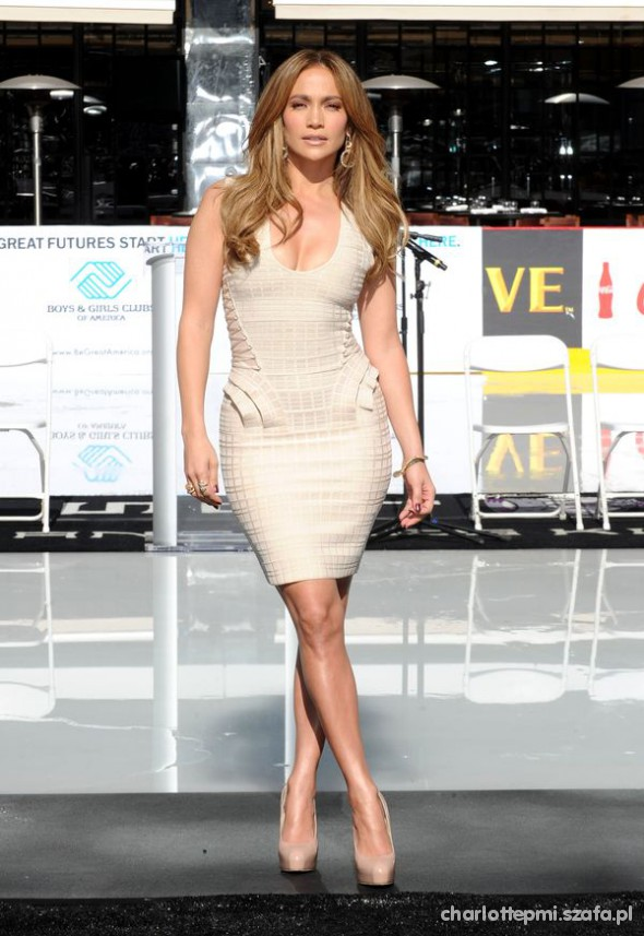 Na specjalne okazje Jennifer Lopez
