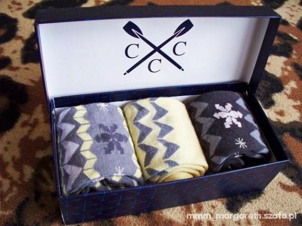 Skarpetki w pudełku