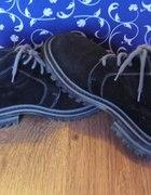 Zamszowe buty JURG