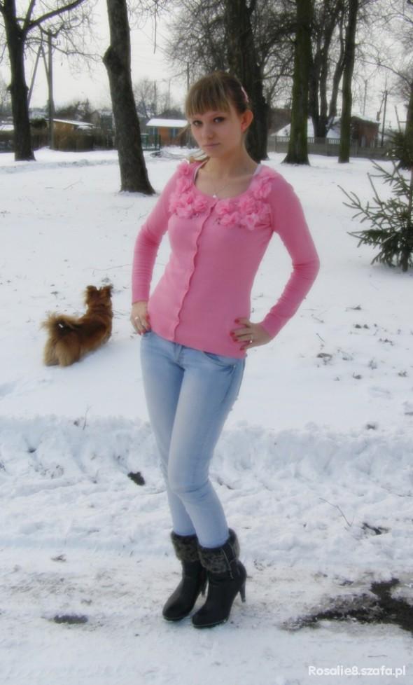 Do szkoły Różowy sweterek