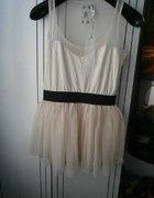 Śliczna pudrowa sukienka