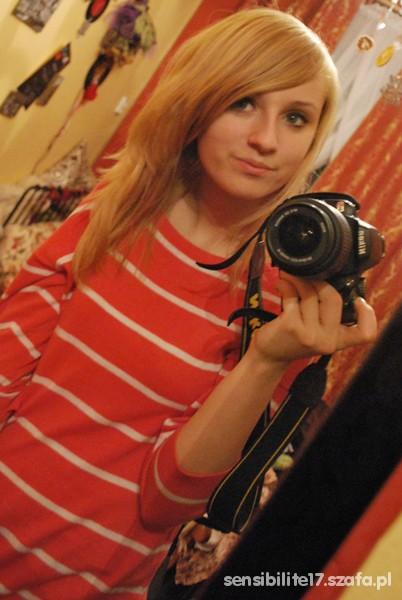 Mój styl Malinowy sweter