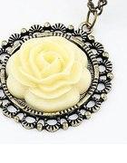 naszyjnik róża herbaciana