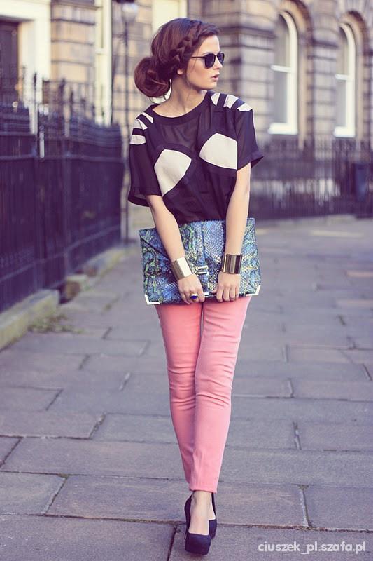 pastelowe spodnie...