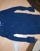 Niebieski plaszczyk