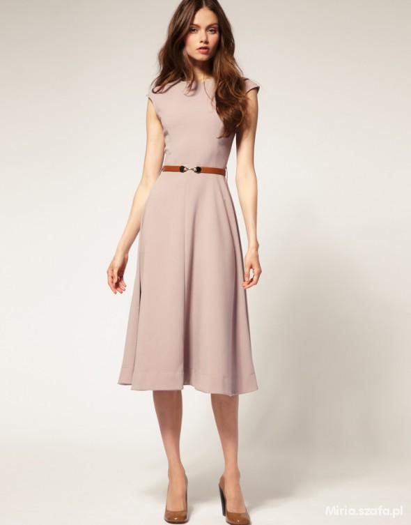 Sukienka midi rozkloszowana