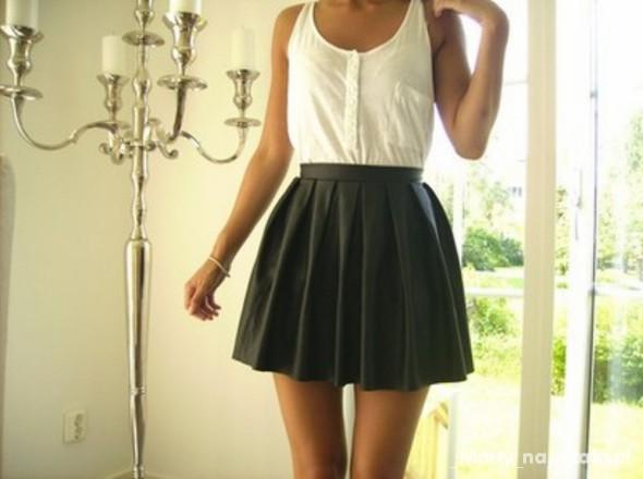 kocham tą spódniczkę