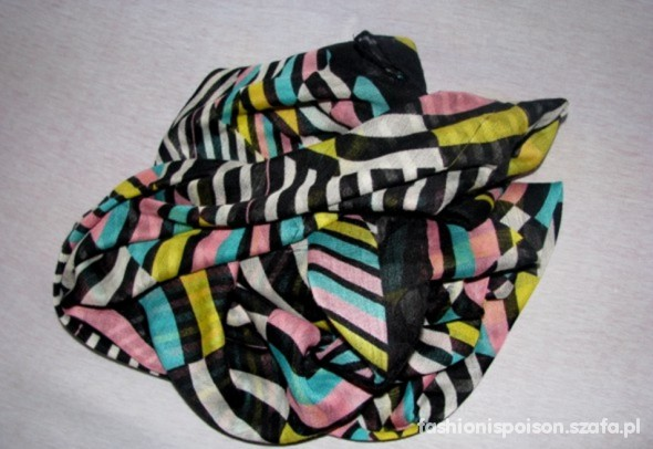 Chusty i apaszki chusta multicolor pastele HiM