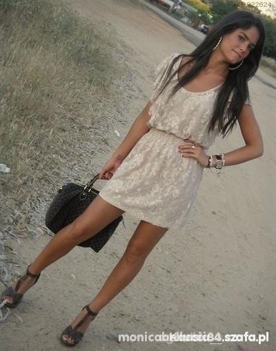 sukienka koronkowa beżowa nude zara