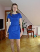 Sukienka chabrowa z baskinką