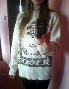 Sweter we wzory