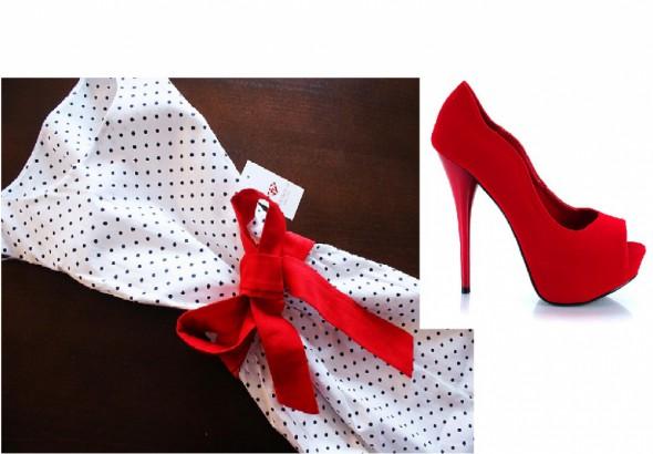 Na specjalne okazje Sukienka w groszki czerwone platformy