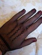 Kabaretkowe rękawiczki