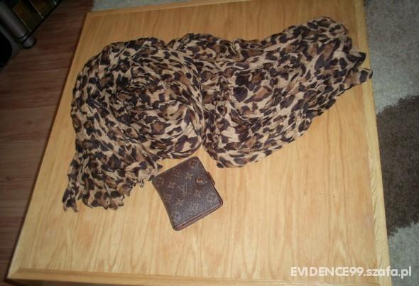 Chusty i apaszki Leopard Brown SCARF