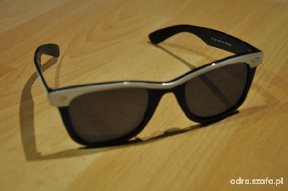 okulary ray ban czarno białe